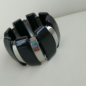 Jewelry - STRETCH SILVERTONE/BLACK CHUNKY BRACELET!